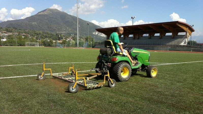 synthetic-turf-maintenance.i4024-kcur3